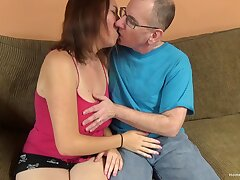 Big mamma non-professional cutie lets an old man pain her cunt