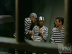 Three inmates team up to fuck team a few busty floosie - Chasey Lain