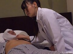 Seductive alloy drops her clothes around loathe fucked by a patient