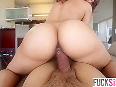 Kitty Foxxx in Curiosity Fucked The Cat