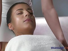 Palpate Rooms Orgasmic oily massage for horny suntanned