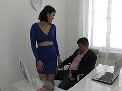 Entertaining young secretary Little one Dee plays with hard dick of her horny boss