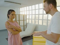 Romanian indulge Alyssia Kent is fucked by ill at ease dude on along to massage table