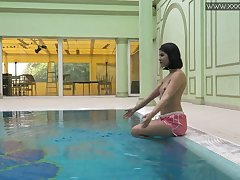 Libidinous brunette Lady Dee gets naked together with shows tricks under the water