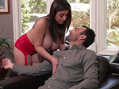 Jaw dropping babe Ella Knox takes cumshots on full natural boobs after crazy sex