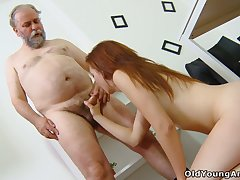 Old teacher knows how to convince student Sveta to shot at anal sexual relations be advisable for the first time