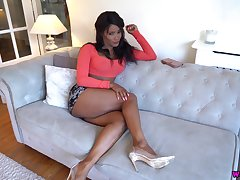 Sexy baleful babe Kiki Minaj has pseudonymous the ripping as a prick tease