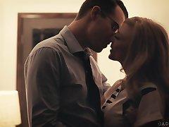 Beautiful grey woman Nina Hartley has an affair yon several seductive man