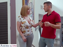 Single cougar Sara Goose seduces handsome young designer and gives him boobjob