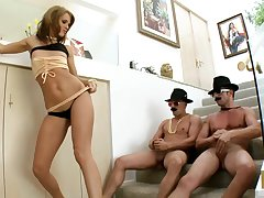 Two guys destroy holes be useful to with an eye to ass pornstar Jennifer Dark with DP