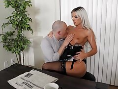 Sexy blonde bit of San Quentin quail likes fucking with the master when his wife is not domicile
