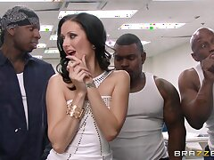 Deserted interracial gangbang with double penetration be advantageous to Hailey Young